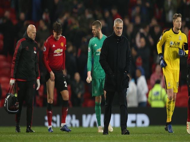 MU hụt hơi top 4: Ghế Mourinho lại nóng, Zidane tiếp quản trước Giáng sinh?