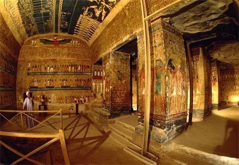 """Bí ẩn cái chết của những người """"đụng"""" vào lăng mộ các Pharaong - 1"""