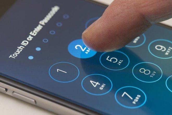 Một công ty tuyên bố có thể tiếp cận từ xa dữ liệu của mọi iPhone - 1