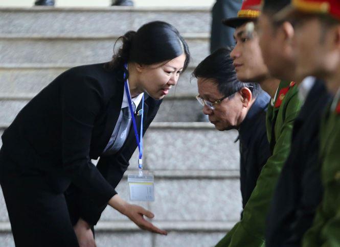 Ông Phan Văn Vĩnh nhập viện trước giờ tòa tuyên án - 1