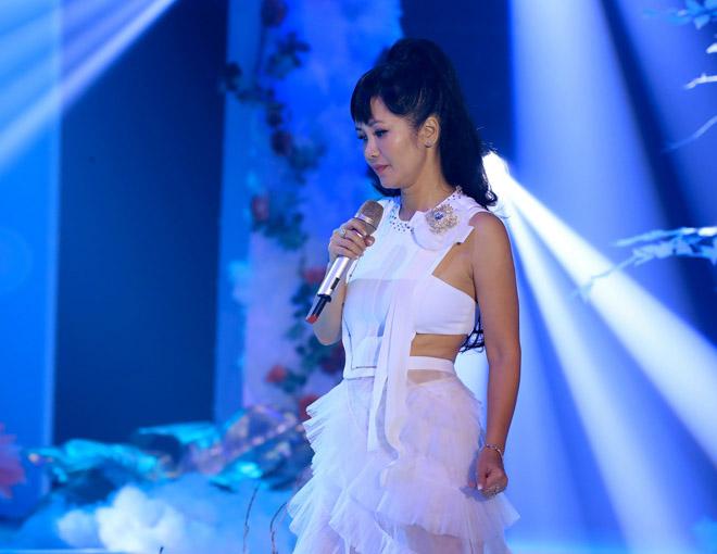 """Hồng Nhung trở lại ca hát sau lùm xùm đổ vỡ tình cảm vì """"kẻ thứ 3"""" - 1"""