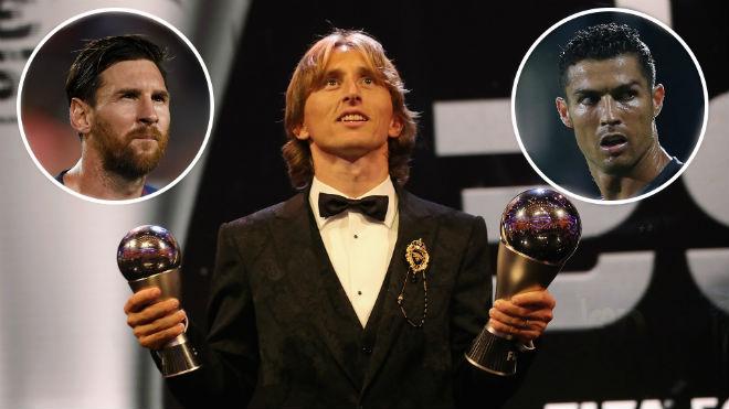 Trao giải Quả bóng vàng 2018: Ronaldo mơ phép màu lật đổ Modric - 1