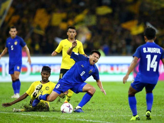 """Bán kết AFF Cup: """"Hổ"""" Malaysia dọa biến Thái Lan thành cựu vương"""