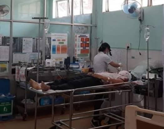 Sức khỏe phó phường đội tự sát sau khi bắn chết phó chủ tịch HĐND phường đã ổn định - 1