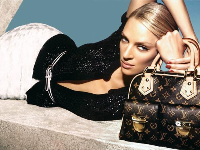 Chiếc hộp đựng giày giá bằng cả căn nhà của Louis Vuitton