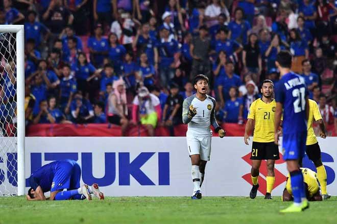 """Siêu HLV World Cup của Thái Lan ôm hận vì """"ác mộng"""" Suarez & ám ảnh 11m - 1"""