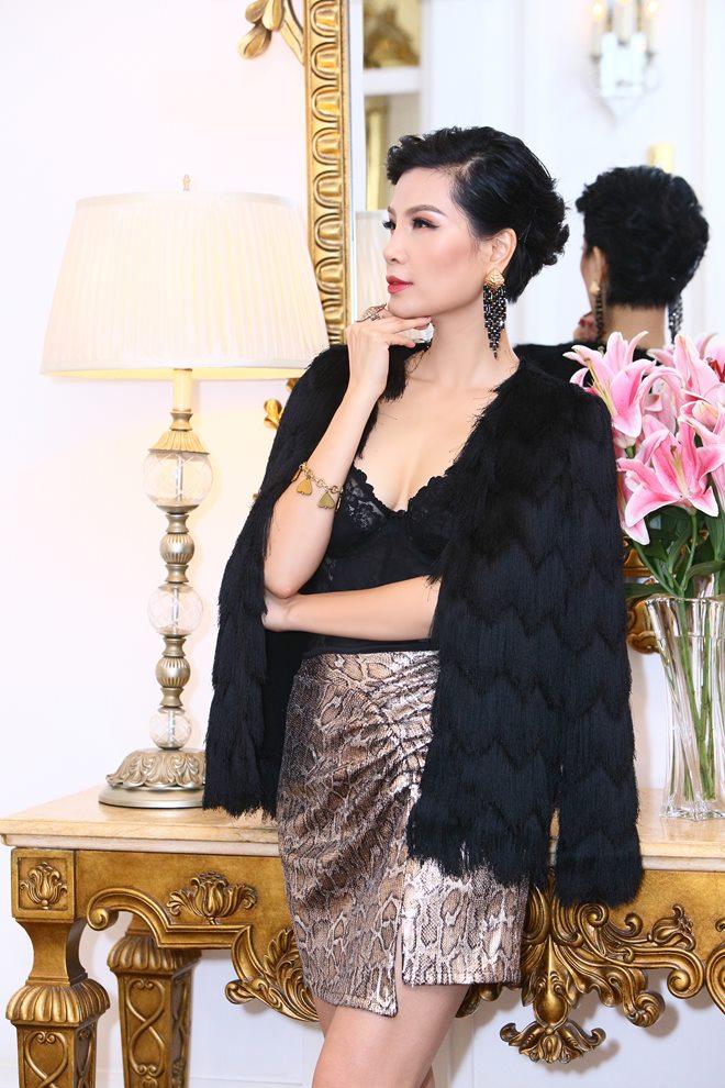 """Siêu mẫu Hà Nội khuyên chồng đi lấy vợ khác làm điều bất ngờ sau 10 năm """"ở ẩn"""" - 1"""