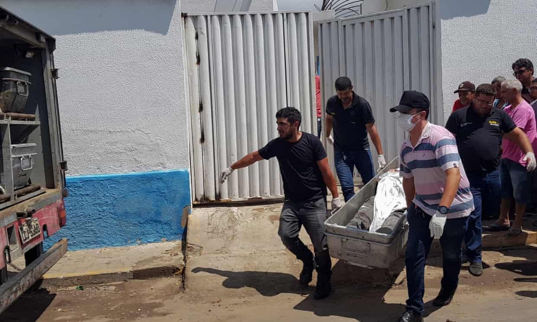 Cướp ngân hàng như phim hành động ở Brazil, 12 người thiệt mạng - 1