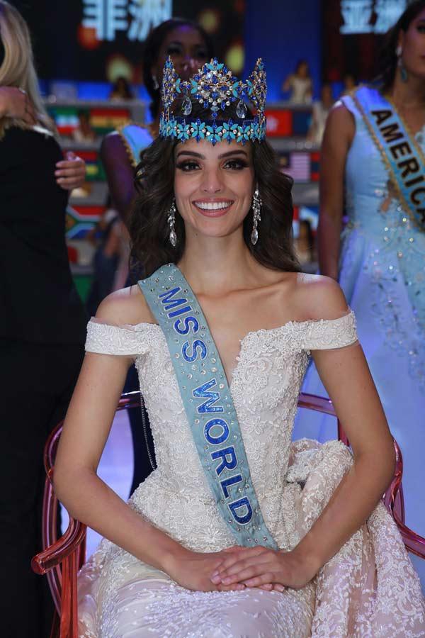Ngắm nhan sắc đẹp tựa nữ thần của tân Hoa hậu Thế giới 2018 - 1