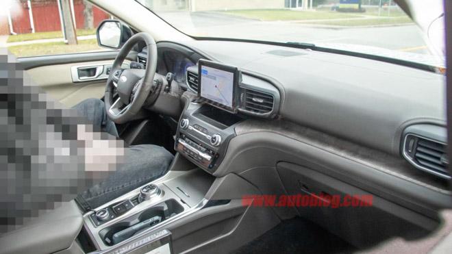 Lộ ảnh nội thất Ford Explorer thế hệ mới - 1
