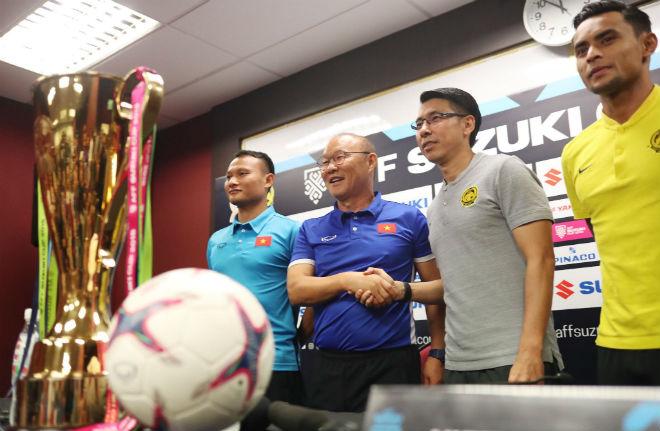 """Họp báo Malaysia - Việt Nam: """"Phù thủy"""" Tan Cheng Hoe cảnh báo đội khách - 1"""