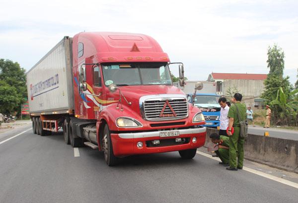 """Vụ tài xế xe container đâm CSGT thành án lệ tội """"giết người"""" - 1"""