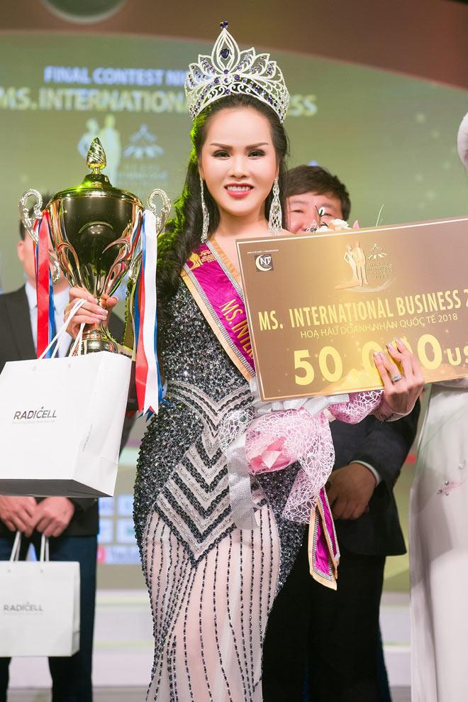Đặng Huỳnh Thanh đăng quang ngôi vị Hoa hậu Doanh nhân Quốc tế 2018 - 1