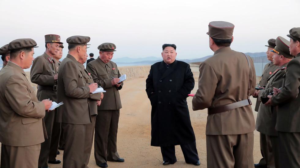 Mỹ trừng phạt quan chức đầy quyền lực, rất thân cận Kim Jong-un - 1