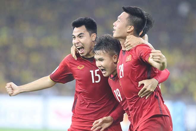 Malaysia không thể cản nổi: ĐT Việt Nam bất bại dài nhất thế giới với 15 trận - 1