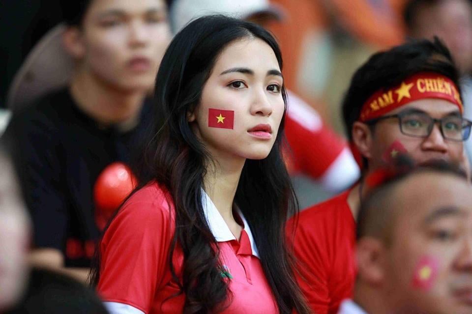 """Hòa Minzy không muốn bị gắn với tên Công Phượng sau trận """"hòa"""" Malaysia? - 1"""