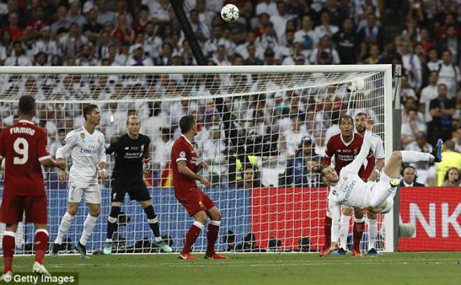 Duyên nợ knock-out cúp C1: Real tái ngộ Liverpool, Barca đấu MU hay Roma? - 1