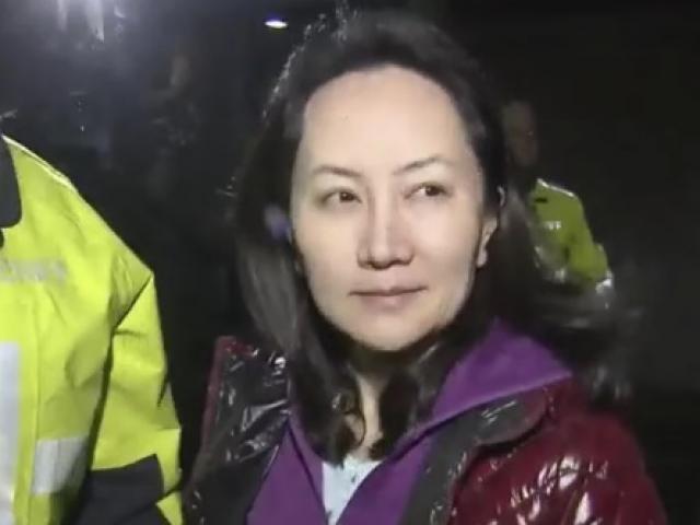 VIDEO: Hình ảnh đầu tiên CFO Huawei sau khi được tại ngoại