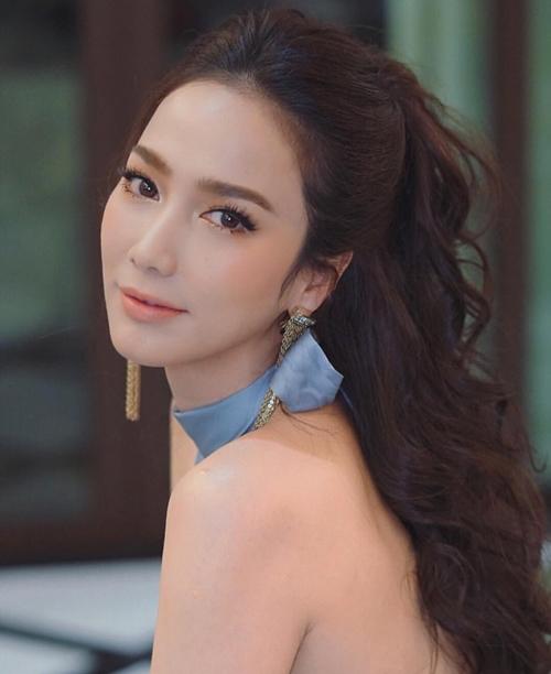 Nữ hoàng giải trí Thái Lan tiết lộ dễ phát phì vì phàm ăn - 1