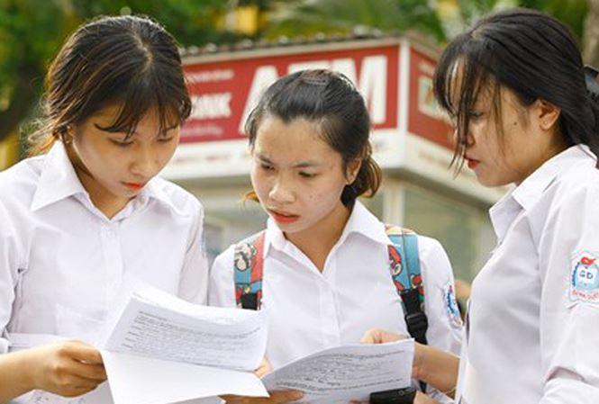 Tăng tỉ lệ điểm thi trong xét tốt nghiệp: Giảm 'phao cứu sinh' - 1