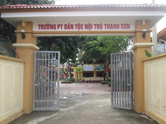 Điều tra thông tin hiệu trưởng THCS lạm dụng tình dục hàng chục học sinh - 1