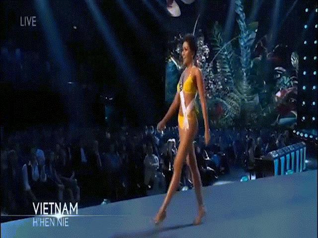 H'Hen Niê trình diễn áo tắm bốc lửa tại bán kết Hoa hậu Hoàn vũ