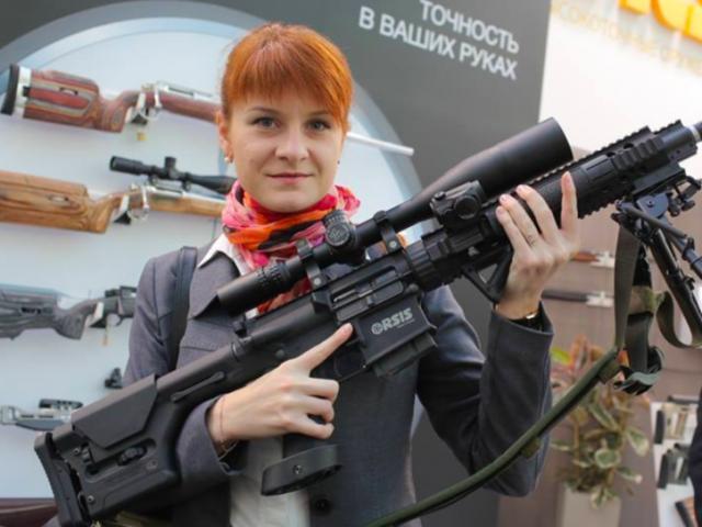 """Nữ điệp viên Nga dùng """"tình dục kế"""" tuyên bố sốc tại tòa án Mỹ"""