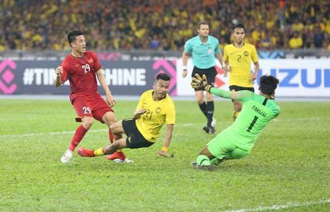 """Báo châu Á đề cao """"bức tường sắt"""" Malaysia: Việt Nam có thể ghi mấy bàn? - 1"""