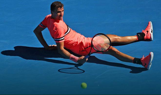 """Djokovic cởi áo, Federer quý ông: """"Thẫn thờ"""" nam thần tennis 2018 - 1"""