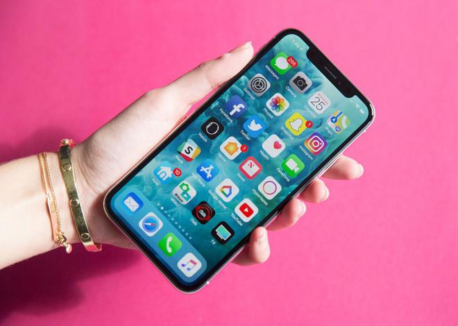 """Quên """"tai thỏ"""" đi, đây mới là xu hướng thiết kế mới của smartphone 2019 - 1"""