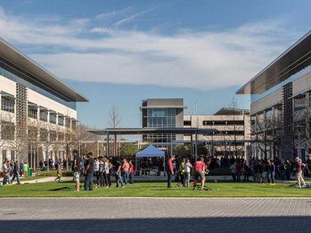 Apple sắp xây dựng khuôn viên mới trị giá 1 tỷ đô