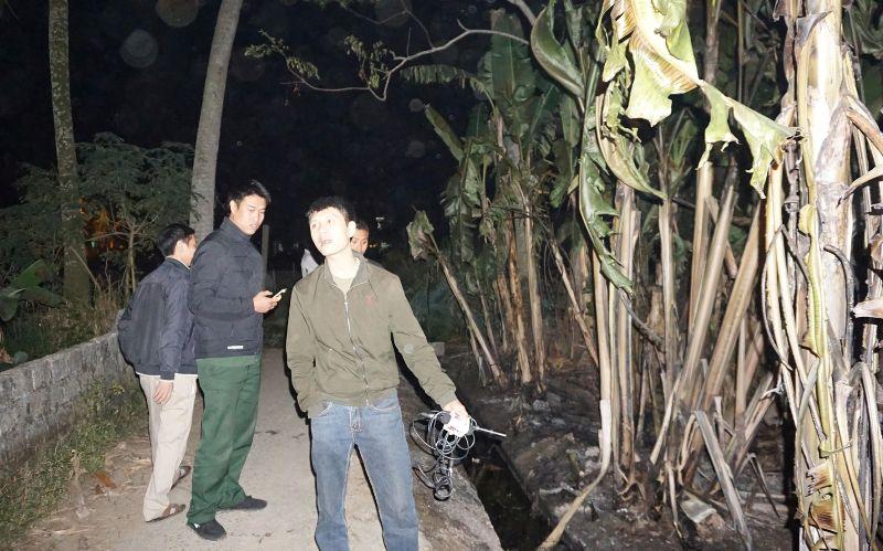 Cây xăng quân đội gặp sự cố, dầu chảy tràn vào khu dân cư - 1
