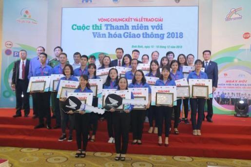 """Chung kết và trao giải Cuộc thi  """"Thanh niên với Văn hóa giao thông"""" năm 2018 - 1"""