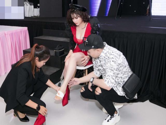 Nhật Kim Anh gặp sự cố chấn thương chân vẫn chống nạng tham gia sự kiện
