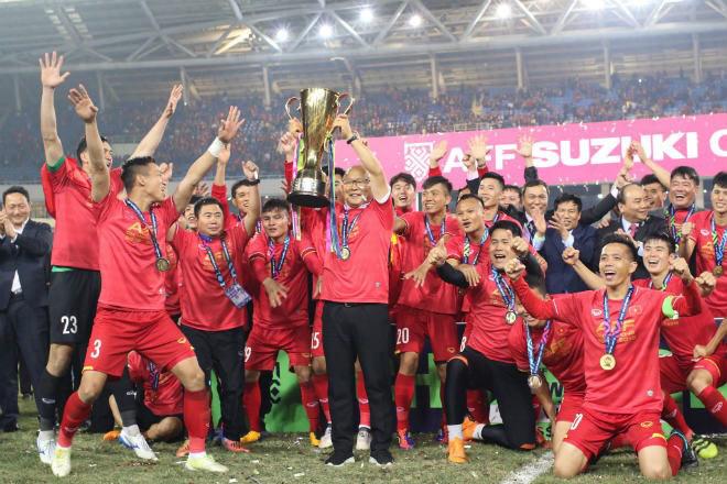 Bảng xếp hạng FIFA tháng 12: Ngã ngửa thứ hạng của bóng đá Việt Nam - 1