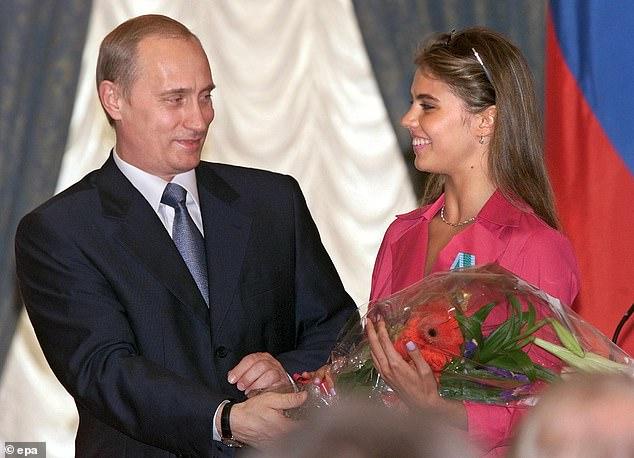 Tổng thống Nga Putin sắp lập gia đình với người tình bí mật? - 1