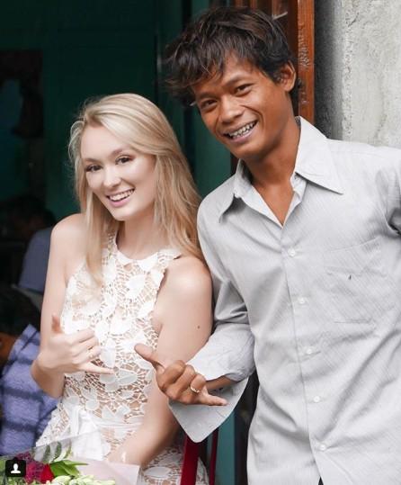 Anh chàng Indonesia khiến nửa thế giới phát hờn khi cưới được vợ quá xinh - 1