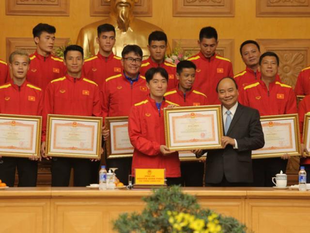 Thủ tướng Nguyễn Xuân Phúc: Niềm tin vào đội tuyển Việt Nam rất lớn