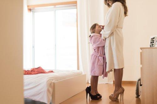 Muốn con thông minh, sống tình cảm, 15 điều bố mẹ nên thường xuyên làm với trẻ khi ở nhà - 1