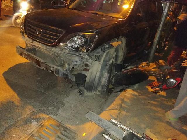 Nạn nhân vụ nữ tài xế xe Lexus gây tai nạn liên hoàn ở HN chưa nhận được lời xin lỗi - 1