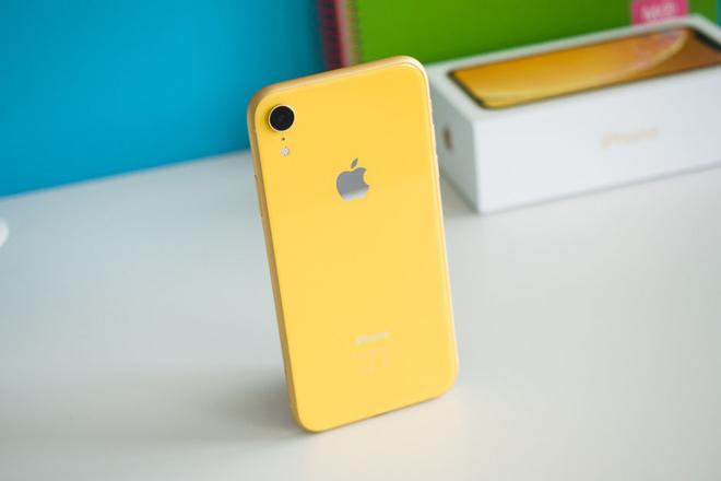 """Apple rơi vào """"điểm cắt tử thần"""", giá cổ phiếu giảm sâu - 1"""