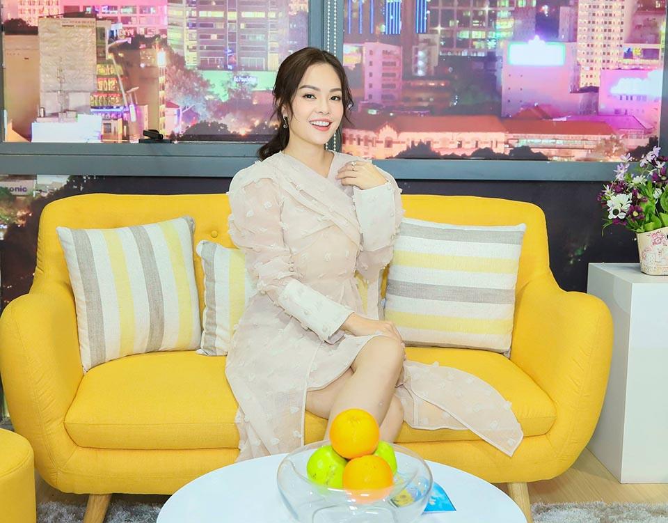 """Dương Cẩm Lynh 'tư vấn"""" tình yêu sau chia tay bạn trai Việt Kiều - 1"""