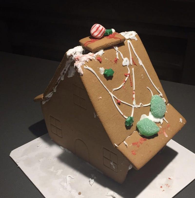Những thảm họa nhà bánh đêm Giáng sinh khiến khổ chủ dở khóc dở cười - 1