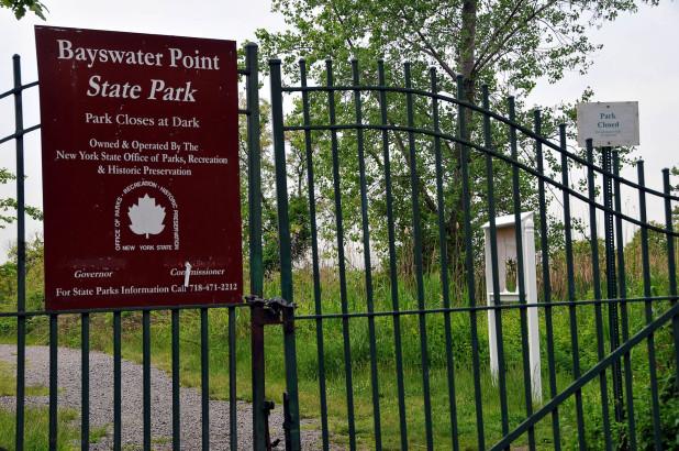 Tiết lộ đáng sợ về thi thể bán khỏa thân trong công viên Mỹ - 1