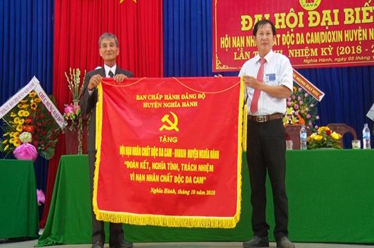 Phó Bí thư huyện ủy ở Quảng Ngãi bị nhắn tin đe dọa tính mạng - 1