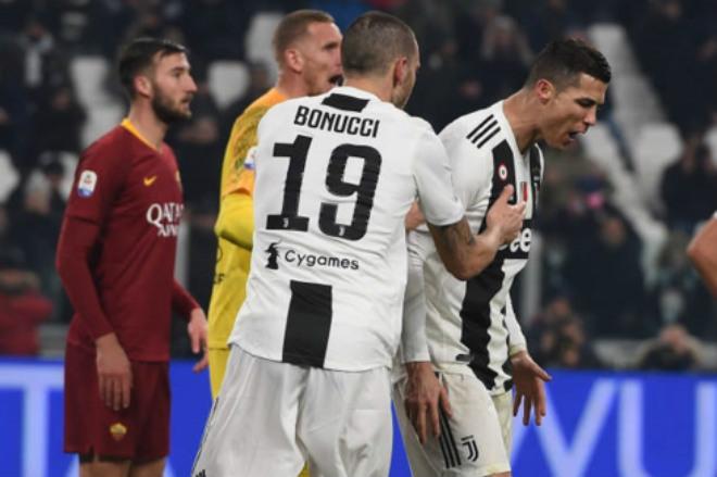 """Ronaldo """"họa vô đơn chí"""", ấn định ngày ra tòa nhận án tù đầu năm mới - 1"""