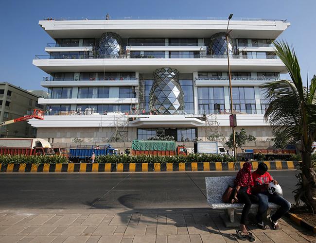 Sau đám cưới, Isha và chồng sẽ chuyển đến một căn biệt thự ở Mumbai có tên Gulita