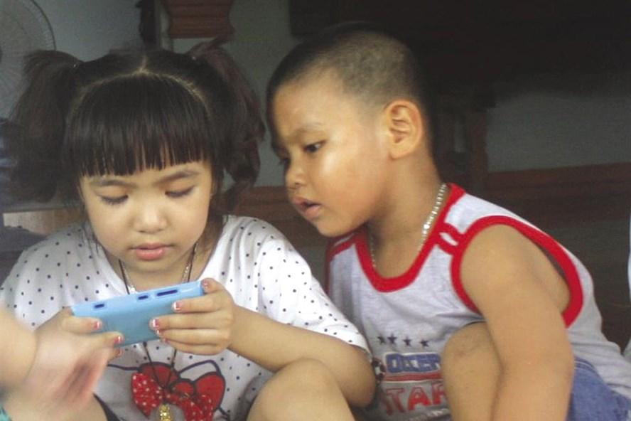 Những thói quen làm giảm trí thông minh của trẻ - 1