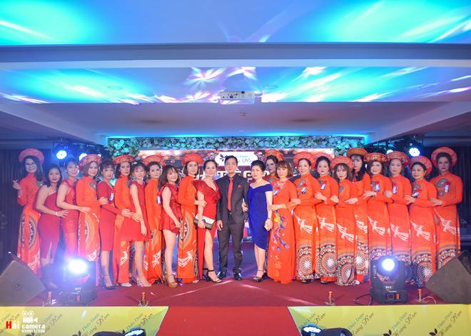 Dạ tiệc Đỏ -  đêm tiệc vinh danh Thảo dược Hoàng Nam - 1