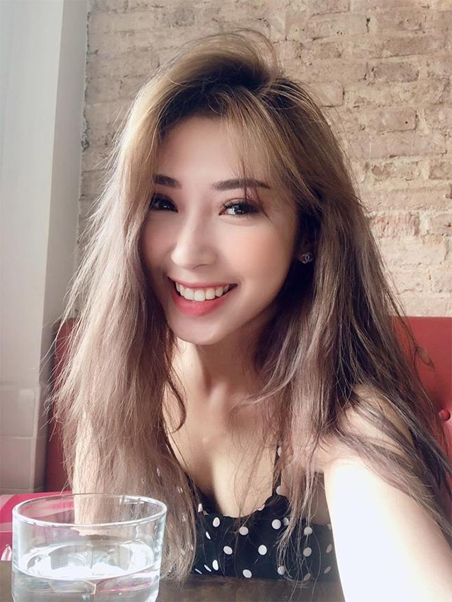 """Khổng Tú Quỳnh """"lên đời"""" xe sang sau lùm xùm chia tay Ngô Kiến Huy - 1"""